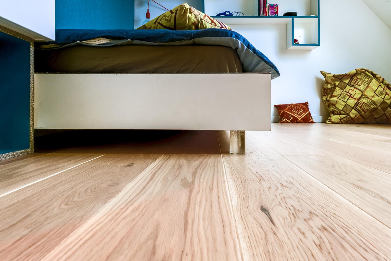 Décoration chambre - pieds de lit en résine